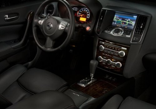Nissan Maxima new interior