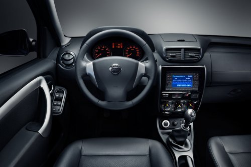 Nissan Terrano new interior