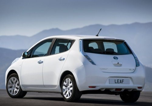 Nissan Leaf new back