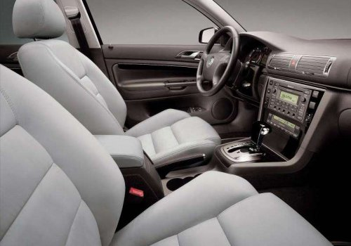 Skoda Superb 1 interior